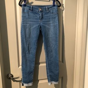 Juicy Couture Ladies Stretch Cropped Blue Jeans
